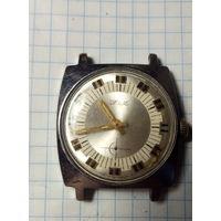 Часы ,,ZIM,,под реставрацию.Старт с 2-х рублей без м.ц.Смотрите другие лоты,много интересного.