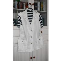 К 8 марта качественная одежда в подарок к купленной одежде .  Жилет Безрукавка Белый Хлопок Freesoul Италия + гольф Р-р 48