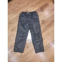 Теплые зимние штаны для мальчика рост 134-140 см.