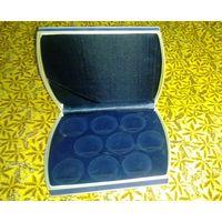 Футляр для памятных монет на 9 ячеек диаметром 45.00 мм.