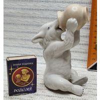 C 1 рубля Старая Фарфоровая статуэтка Сказка Медведь Мед