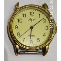 Часы кварцевые ЛУЧ на реставрацию