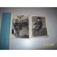 2 фото дети с велосипедами.