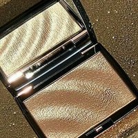 Хайлайтер Anastasia Beverly Hills  Amrezy Highlighter