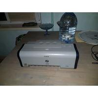 Принтер Canon pixma ip1000, струйный, цветной, простой, без заморочек. На win10 нет драйверов. Давно не пользовались, картриджи сухие, надо менять. Кабели в комплекте.  Почтой отправки делаю только по