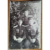 Фото трех комбатов. 1946 г. 9х13 см.