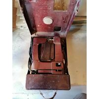 Походная швейная машина в бакелитовой корпусе FISCHER MEWA . ГДР. 1950 Е ГОДА.