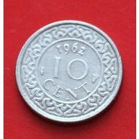 07-11 Суринам, 10 центов 1962 г Единственное предложение монеты данного года на АУ