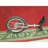 Одноколесный велосипед.