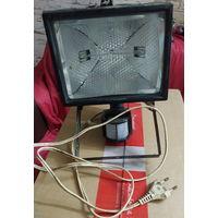 Прожектор галогенный с датчиком движения. (500 Вт)