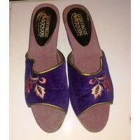 Босоножки (Румыния) /использовать в качестве уличной обуви даже жалко/