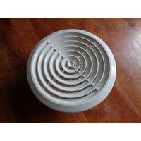 Решетка вентиляционная круглая пластиковая c сеткой
