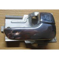 100898 Mazda 626W GW ручка внутренняя задняя правая
