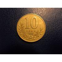 Албания 10 лек 2000 г.(немагнитная)