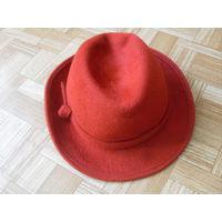 Шляпа с полями .Натуральный фетр.