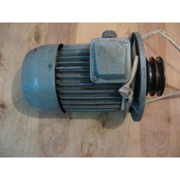 Эл/двигатель асинхр. флянцевый тип 4АХ90L4ПУ3 220/380В,2,2 квт,1420 обор/мин