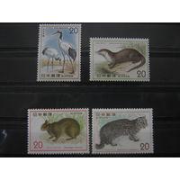 Марки - фауна, Япония, журавль, кошка и др., чистые