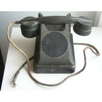 Телефон ВЭФ в карболитовом корпусе 1950-60-е года
