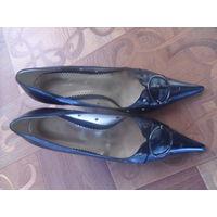 Туфли женские 40 размер. (с пересылом).