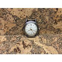 Часы Родина,автоподзавод,очень редкие в таком состоянии.Старт с рубля.