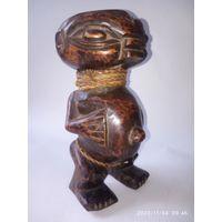 Скульптура,статуэтка антикварная. Племенное искусство . Дерево.