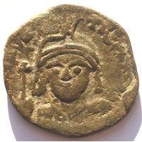ВИЗАНТИЯ. МАВРИКИЙ ТИБЕРИЙ (582-602 г). КОНСТАНТИНОПОЛЬ. 1/2 ФОЛЛИСА. 589 год.