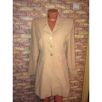 Стильный, европейский пиджак красивого цвета кофе с молоком на 46-48 размер.
