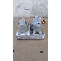 Фарфоровая пара мышек