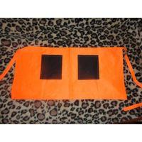 Передник фартук для кухни. Ярко-оранжевого цвета. Размер 82 на 40, без учета завязок. Подходит на любой размер. Новый.