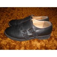 Фирм. итальянские туфли Lorenzo из кожи 39 р-р