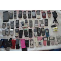 Мобильные телефоны 30 штук на запчасти+крышки+аккумуляторы