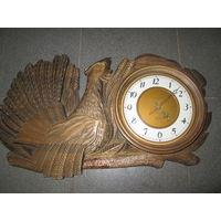 С 1 рубля!Часы настенные Янтарь Глухарь.