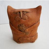 Фигурка Статуэтка Кот с рыбой 11х10см .Керамика . Ручная работа