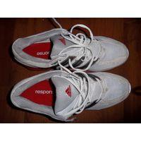 Кроссовки фирменные . Адидас . Adidas Response 49 р-р