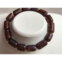Янтарь-Браслет- античный- балтийский натуральный янтарь - 13 гр-на - резинке-универсальный размер