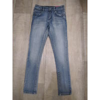 Новые девичьи джинсы ACOOLA на рост 122-134 см