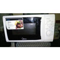 Микроволновая печь с гриль Midea MG820CFB-W