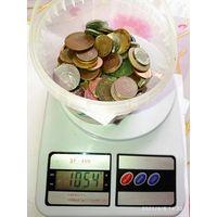 1 кг. Монет разных стран мира 4 . С рубля .