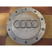 104113Щ Audi заглушка диска 4B0601165C