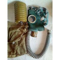 Противогаз 2 с фильтром ГП-4У и сумка 60-70-е гг