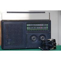 Радиоприемник   Альпинист 418   Рабочий