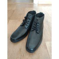 Продам новые ботинки из натуральной кожи