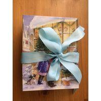Подарочная упаковка новогодней тематике, размер 13 на 17 см, высота 5,50 см. С красивой лентой. Один раз б/у, в хорошем состоянии.