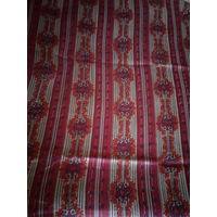 Красивая штора из натуральной ткани.