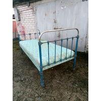 Кровать старинная железная