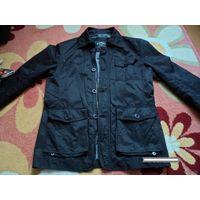 Стильная мужская куртка ветровка. Размер 46 М