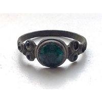 Старое кольцо с 5 камешками
