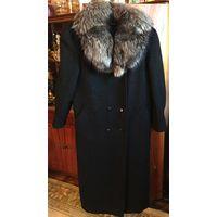 Пальто зимнее р-р 48-50 с чернобуркой шерсть как новое