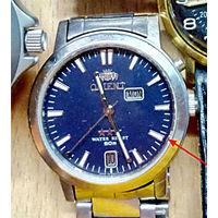 Куплю оригинальный циферблат часов ORIENT EM5G-C0 CA(автоподзавод) в синем цвете(как на фото) смотрите внимательно расположение окошек календаря