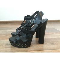 Босоножки на каблуке (Betsy)